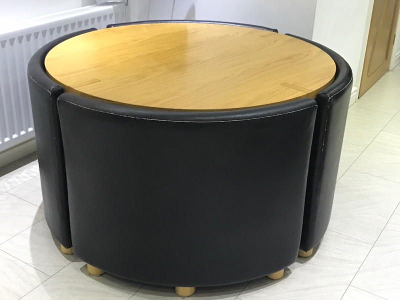 1 4 Round Dining Table And Chairs Rotunda Dwell