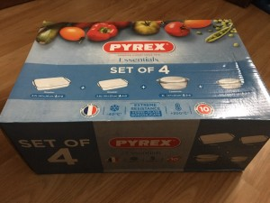 Pyrex Dishes (Set of 4)