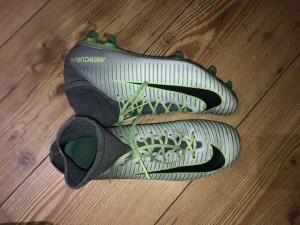 Green/ grey nike mercurial superfly football boots, very good condition