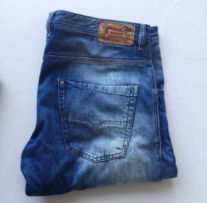 Men's Diesel Light Blue Denim Jeans Size 38 Brand New