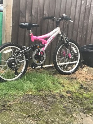 Girls pink & white bike age 8 to 10 years old