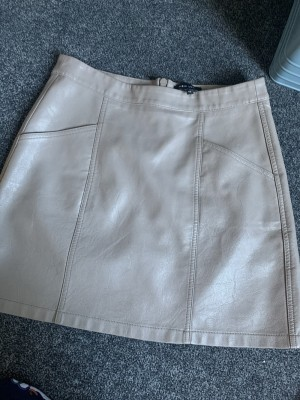 Faux leather brown skirt with pockets new look