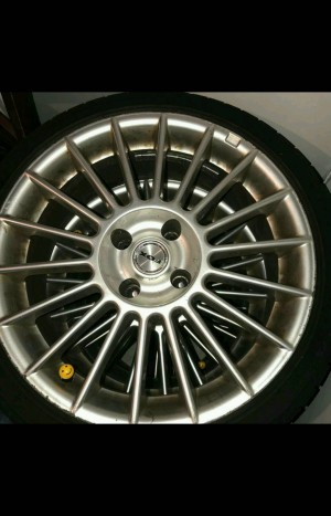 "17""FOX multi spoke Alloy Wheels"