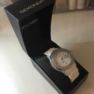 Women's sekonda watch