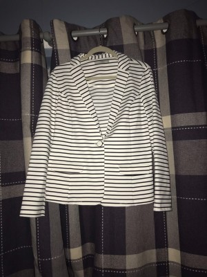 Black & White Striped Long Sleeved Blazer Size 16