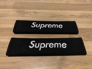2X Seat Belt Pads Gifts Present Supreme Black White Clothes Velcro Clothing Spring Collection Summer Autumn Winter Skoda Renault Audi BMW Mercedes Volkswagen VW Peugeot Car Interior Accessories