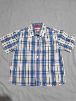 Shirt size 3 to 4 years