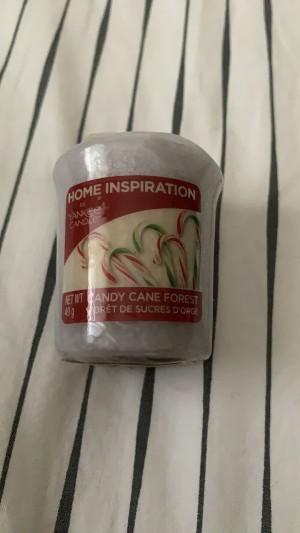 Yankee candle candy cane