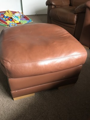 Leather Sofa and recliner with puffy good condition needs to go bought new one this is a top quality sofa