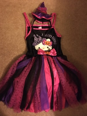 Halloween costume hello kitty witch dress and hat girl age5-6 yrs