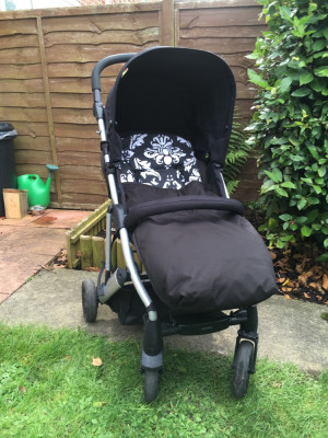 Mamas and Papas Luna Pushchair and Maxi Cosi Car Seat