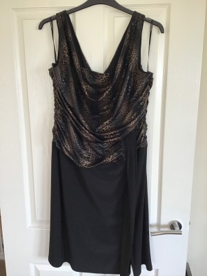Frank Lyman Design Dress Size 22