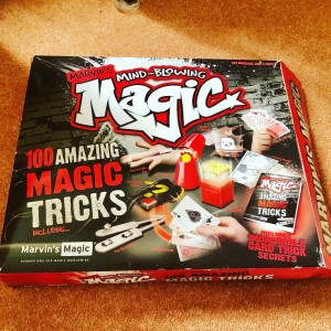 Marvin's Mind Blowing 100 Amazing Magic Magician's Tricks Fun Family