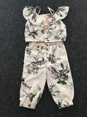 River Island girls set. Size 6-9 months