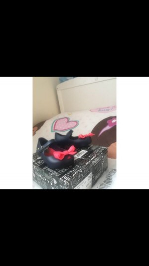 mini Melissa scented navy with pink bow shoe