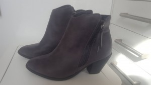 Grey Ladies  Ankle Boots - fits size 37 (4)