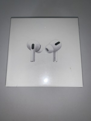 Brand New packaged/sealed Apple AirPod Pros with wirelesschargin