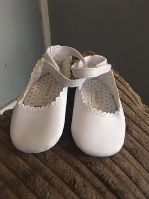 Baby girls shoes 0-3 months