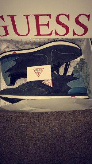 Guess trainers size 10