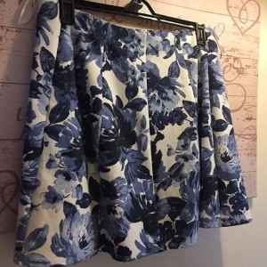 NEW Skirt Size 14