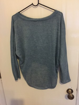 Long sleeved pullover casual