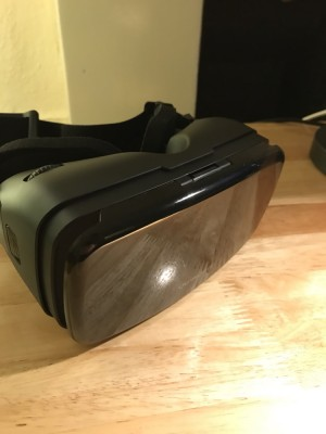 Homido v2 VR headset (Android & iPhone)