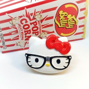 BNWT large hello kitty ring