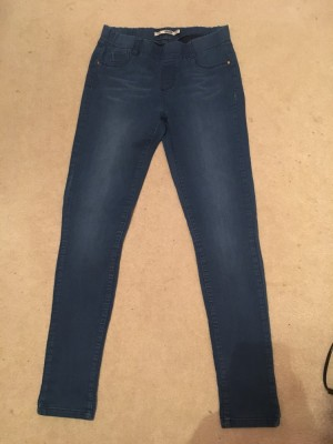 Ladies size 10 skinny jeans excellent condition