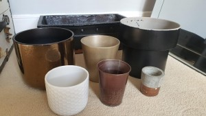 Bulk of plant pots. Selling the lot together