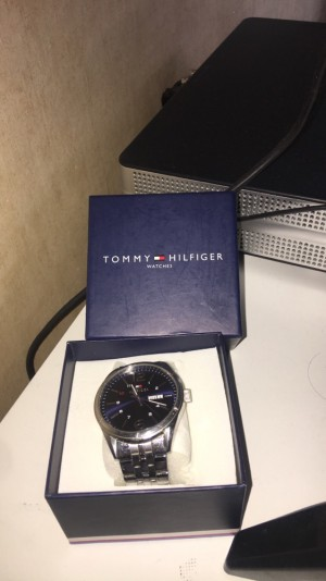 Men's Tommy Hilfiger watch with box