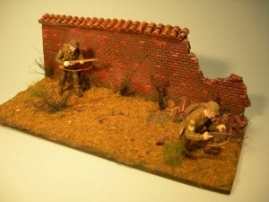 Soldiers & wall figurine