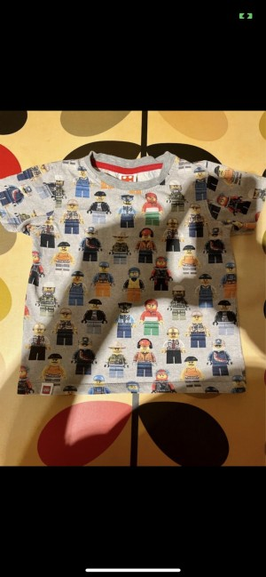 Official Lego minifigs top t shirt size 4-5