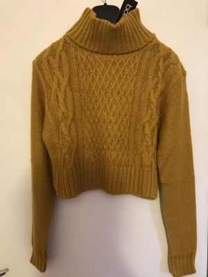 Brand New cropped jumper