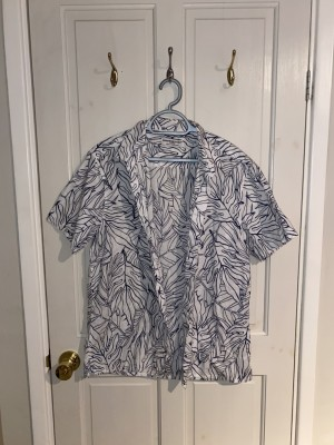 Exotic leaf button up shirt LARGE