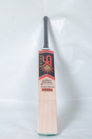 Cricket english willow top class bat brand new in packing