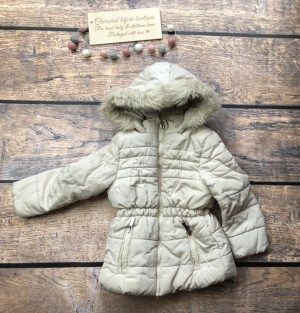 Girls coat age 4-5