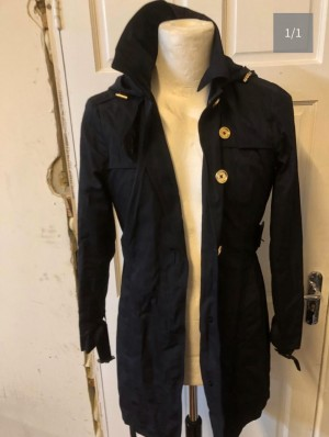 Micheal kors size m