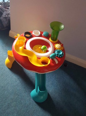 Elc lights and sounds table (working order only1 original ball)