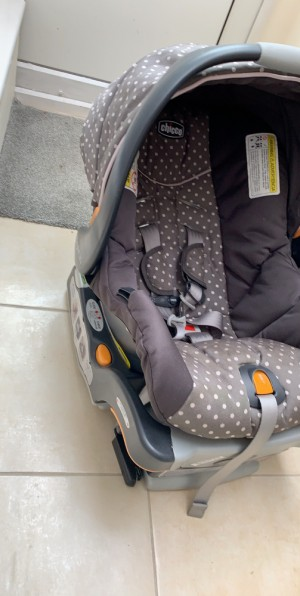 car seat only use a few times with base