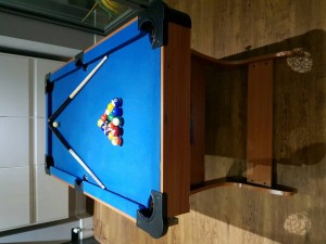 Folding pool table 4ft 6in