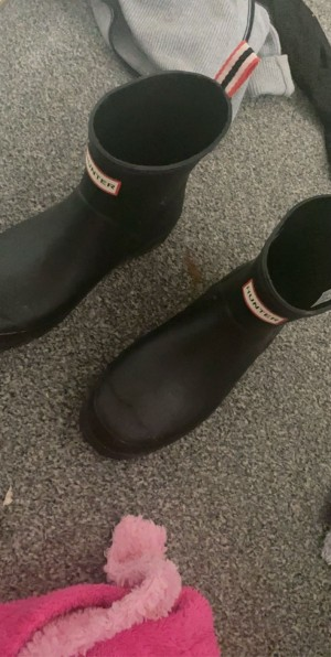 Hunter wellies size 6 worn once in very good condition
