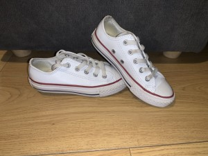 White low top converses size 11