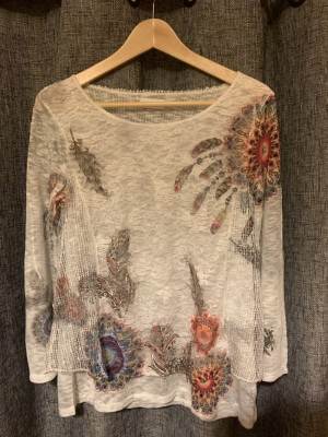 Women's top from Apricot