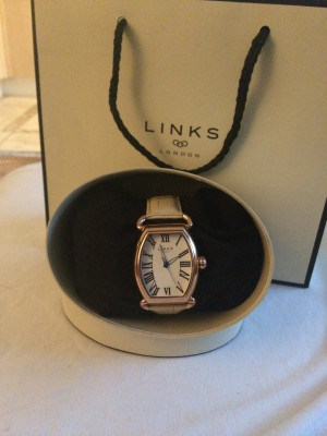 Links of London watch