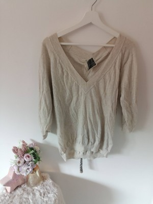 River Island jumper with scarf