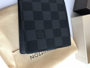 Louis Vuitton wallet brand new and never been used
