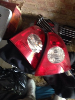 Clio rear light units 2001