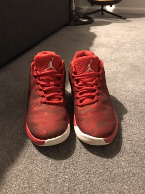 Jordan 23 red camouflage size uk3
