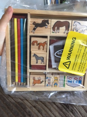 Children's 10 stamps and colouring pencils