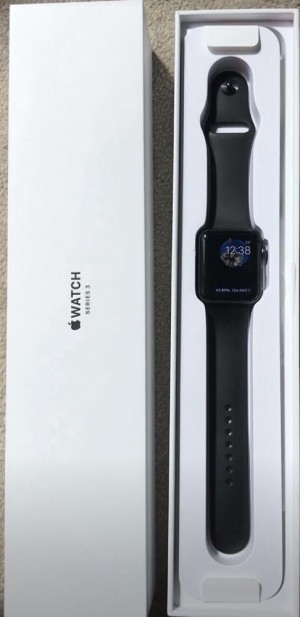 Apple Watch Series 3 42mm Space Grey Aluminium Case with Black Sport Band (GPS) Immaculate conditions. Comes with original box